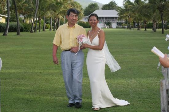 Nisbet Plantation Beach Club: father and bride