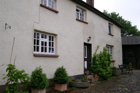 Photo of Warrens Farm Bed and Breakfast Yeoford