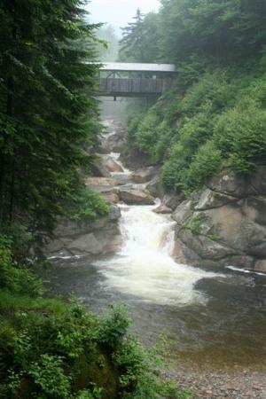 Franconia Notch State Park: Covered bridge in the Flume
