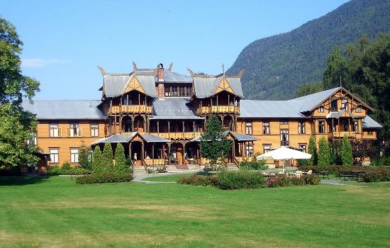 Dalen Hotel: L'esterno