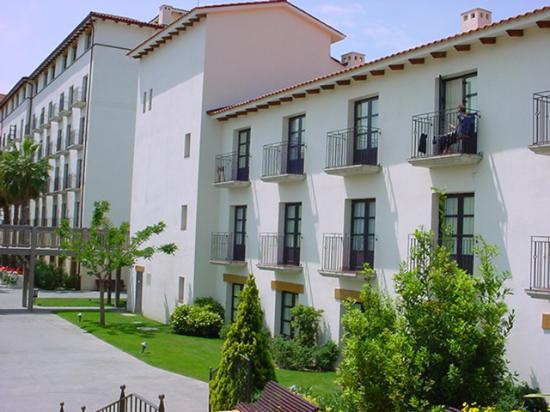 PortAventura Hotel El Paso: Clean & Bright