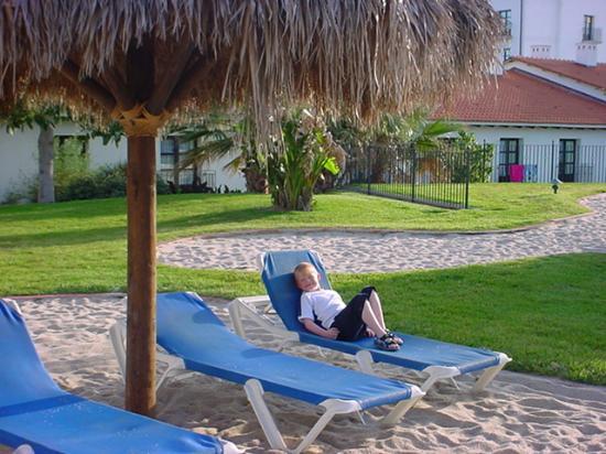 PortAventura Hotel El Paso: Lazing around