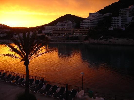 Palladium Hotel Cala Llonga: Sunset at Cala Llonga