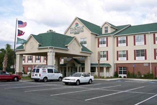 Country Inn & Suites By Carlson, Brunswick I-95 : Exterior