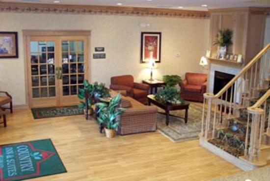 Country Inn & Suites By Carlson, Brunswick I-95 : Lobby