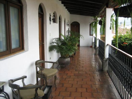 Casa Florencia Hotel: Patio
