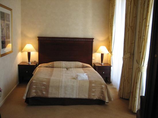 Radisson Blu Carlton Hotel, Bratislava: Room 101 - Bedroom