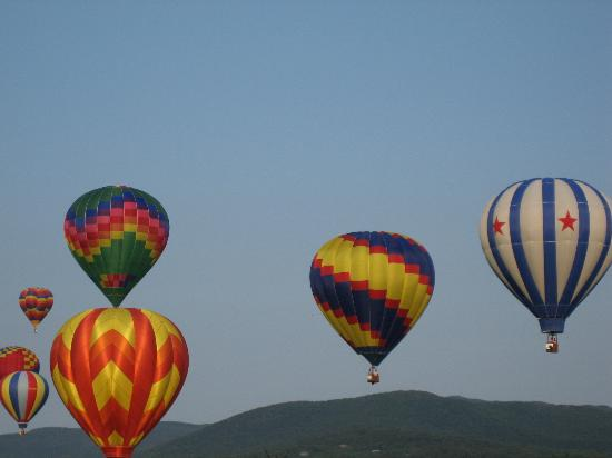 Mountainside Resort At Stowe: Stowe Balloon Festival