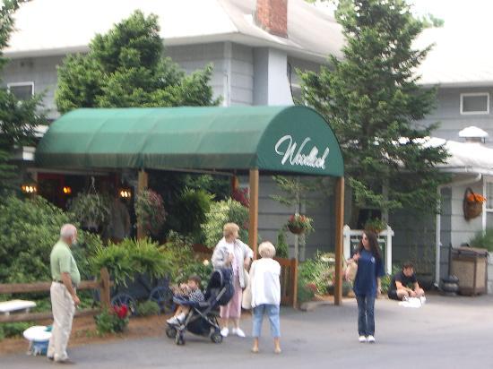 Woodloch Pines Resort: Main entrance