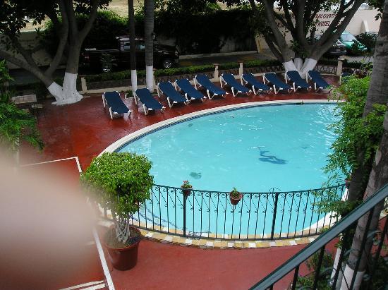 Best Western El Cid: The pool