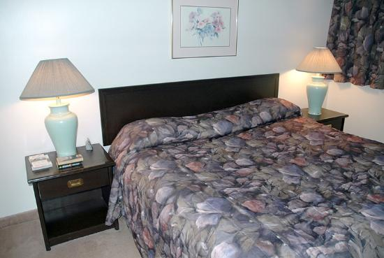 The Business Inn & Suites: Bedroom