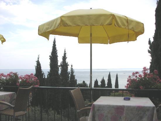 Hotel Marco Polo: vue de la terrasse