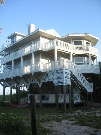 North Captiva Island Club Resort: White Pelican  WOW great house