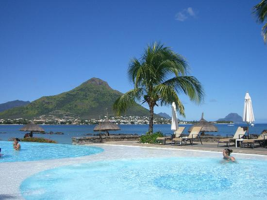 Sands Suites Resort & Spa: view from the pool