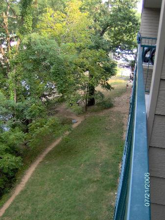 Twin Mountain Inn & Suites: Look from balcony!