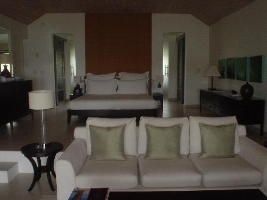 Carlisle Bay Antigua: my ocean suite of pure luxury!