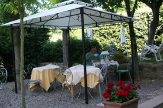 Villa Porta all'Arco : Gazebo in Garden