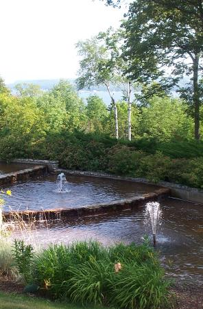 Country House Resort : the view and fountains