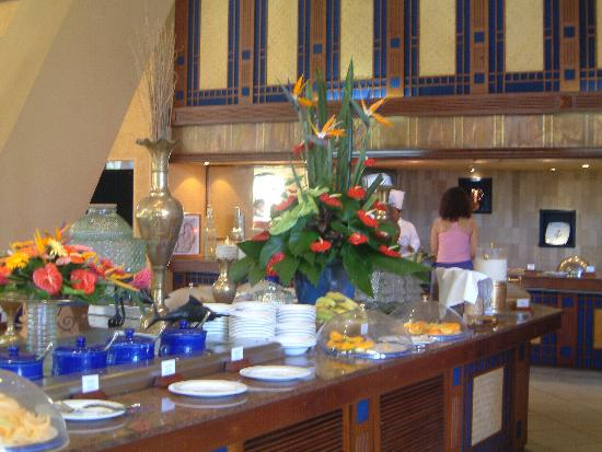 Beachcomber Le Victoria Hotel : Another of the Breakfast Bars