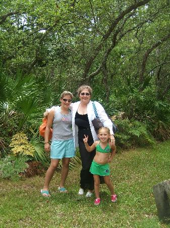 Whispering Pines of Cape San Blas : In front of our cabin. Check out all the trees!