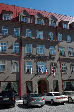 Savoy Boutique Hotel: The Hotel facade