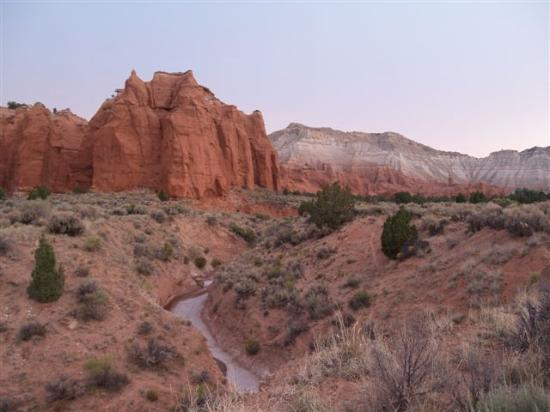 Cannonville, UT : Sunrise at Kodachrome