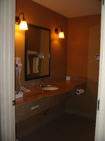 Sleep Inn, Inn & Suites Ronks: bathroom