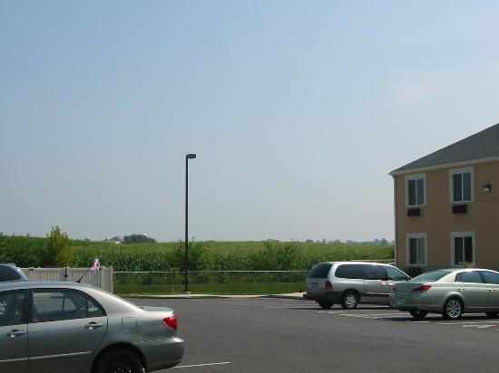 Sleep Inn, Inn & Suites Ronks: outside of hotel