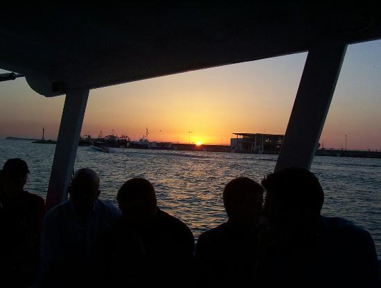 Hotel Playasol Riviera: sunset from water ferry