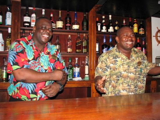 Nisbet Plantation Beach Club : Kaddy and Dan ... Sing Boys