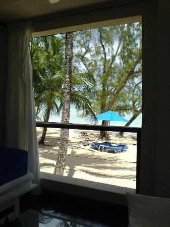 Lone Star Boutique Hotel: Beach from our room