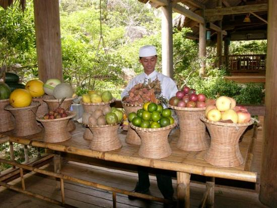 Six Senses Ninh Van Bay: Lots of fresh friuts for breakfast