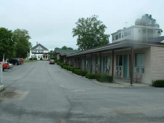 Biddeford Motel: Newly renovated units