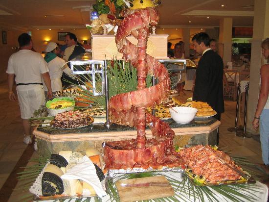 Protur Floriana Resort: Buffet beim Nachtessen