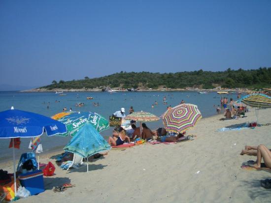 Chrousso Village: the beach