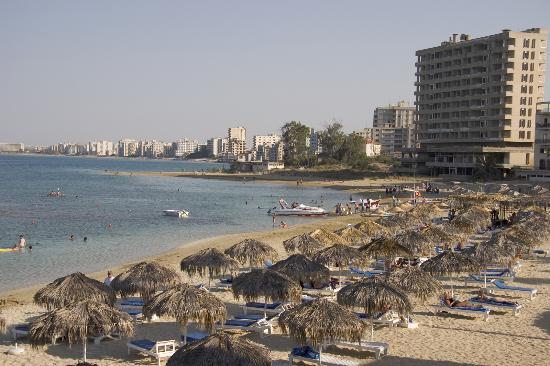 Arkin Palm Beach Hotel : Beach with derelict hotels of Varosha evident
