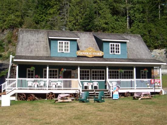 Telegraph Cove Resort: the General Store