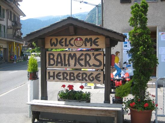 Balmer's Hostel: The welcome sign!