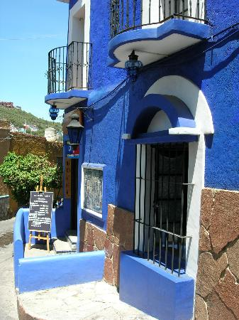 ‪‪La Casa Azul‬: Entrance to the Casa Azul‬
