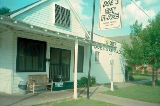 Greenville, MS: Doe's Eat Place