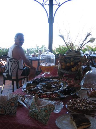 Hotel Villa Ducale: Fabulous Breakfasts