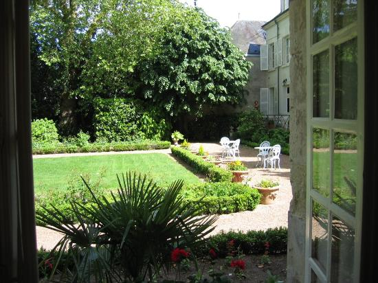 Hotel le Clos d'Amboise : View from our room