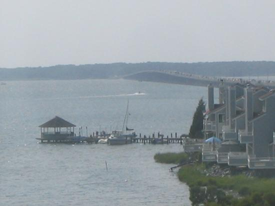 Bay Sails Inn: another balcony view
