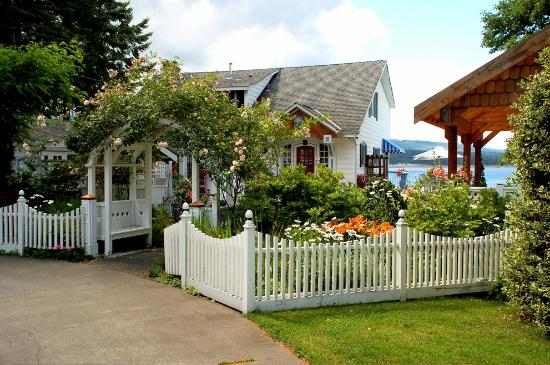 Fanny Bay, Kanada: The Inn