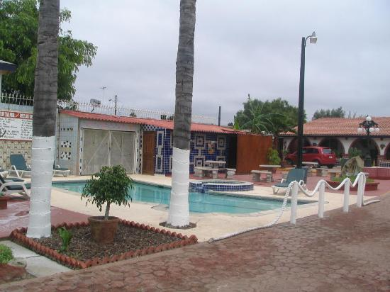 Posada Don Luis Hotel: Nice pool and jacuzzi
