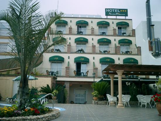 Hotel Princess Nerja Room Booking