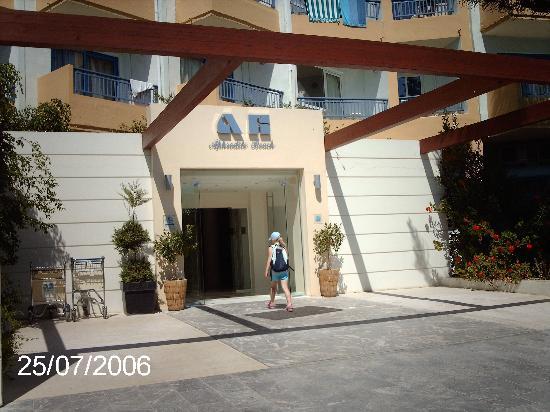 Beach Club Aphrodite: Hotel Entrance
