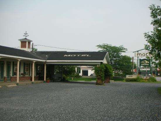 Auberge Motel Le Pigeonnier : Le Pigeonier