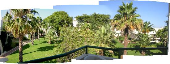 Parque Mourabel Apartments : oasis gardens