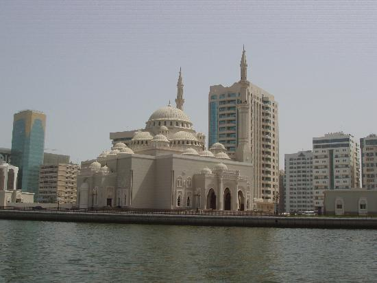 Ajman, United Arab Emirates: Mosque, Sharjah